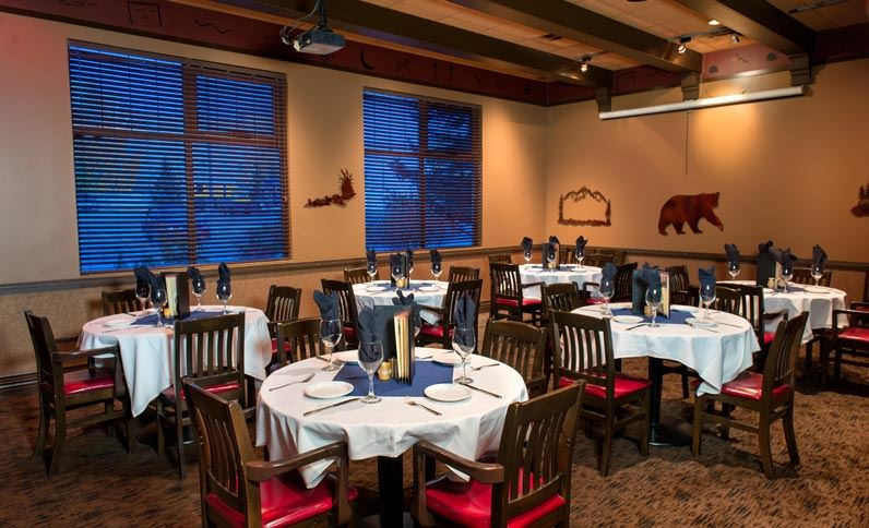 West edmonton canada restaurant homefire grill for Best private dining rooms edmonton